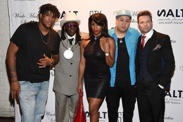 Victoria Williams Wade Martin Premieres Full-HD Virtual Reality Music Videos by Flavor Flav And Coolio