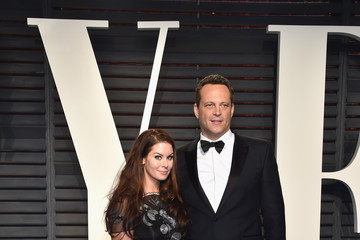 Vince Vaughn Kyla Weber 2017 Vanity Fair Oscar Party Hosted By Graydon Carter - Arrivals