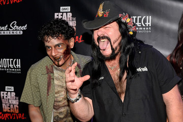 Vinnie Paul 'Fear the Walking Dead' Survival at the Fremont Street Experience