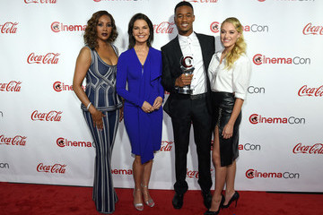 Vivica A. Fox Jessie Usher CinemaCon 2016 - The CinemaCon Big Screen Achievement Awards Brought To You By The Coca-Cola Company - Red Carpet