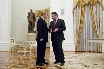 Vladimir Putin German Foreign Minister Sigmar Gabriel Meets His Russian Counterpart in Moscow