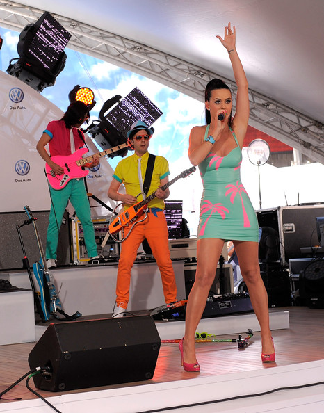 Katy Perry at Volkswagen s New 2011 pact Sedan World