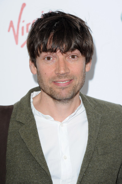 The 49-year old son of father Jason James and mother(?), 188 cm tall Alex James in 2018 photo