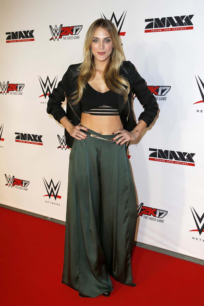 anna kraft photos photos wwe live munich 2016 zimbio. Black Bedroom Furniture Sets. Home Design Ideas