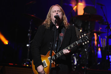 Warren Haynes 'Love Rocks NYC! A Change is Gonna Come: Celebrating Songs of Peace, Love and Hope' A Benefit Concert for God's Love We Deliver - Inside