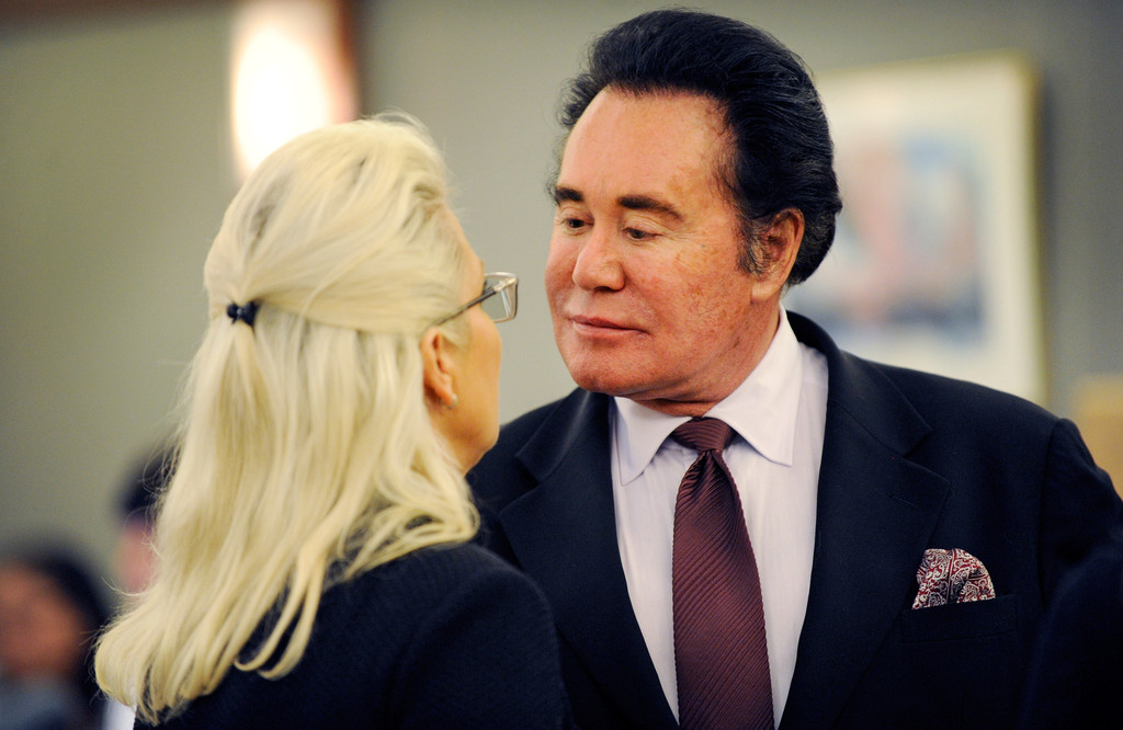 Wayne Newton and Kathleen McCrone Newton Photos - Zimbio
