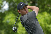 Rory McIlroy of Northern Ireland plays his tee shot on the second hole during the first round of the 2018 Wells Fargo Championship at Quail Hollow Club on May 3, 2018 in Charlotte, North Carolina.