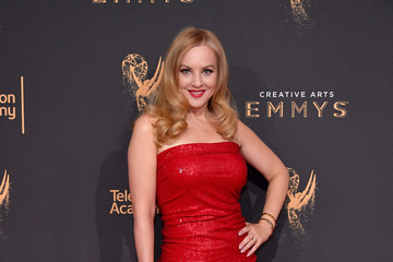 Wendi McLendon-Covey 2017 Creative Arts Emmy Awards - Day 2 - Arrivals