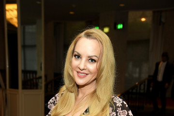 Wendi McLendon-Covey 42nd Annual Gracie Awards - Inside