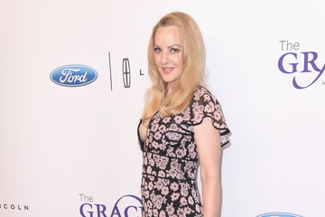 Wendi McLendon-Covey The 42nd Annual Gracie Awards - Red Carpet