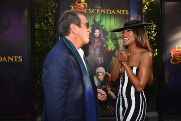 Wendy Raquel Robinson Celebrities Attend the Premiere of Disney's 'Descendants'