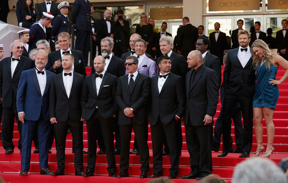 http://www1.pictures.zimbio.com/gi/Wesley+Snipes+Expendables+3+Premiere+67th+w_CPOeB4_zIl.jpg