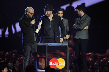 Will Champion Brit Awards 2013 - Show
