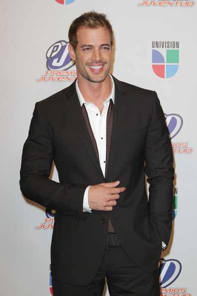 William Levy - Univision Premios Juventud Awards - Press Room