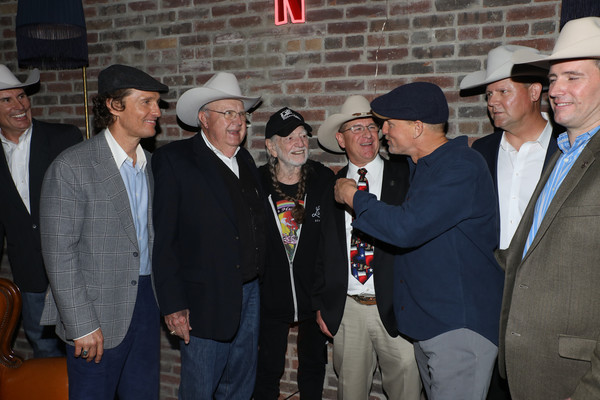 Willie Nelson Photos - 25 of 859