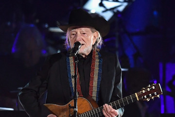 Willie Nelson 2019 MusiCares Person Of The Year Honoring Dolly Parton - Show