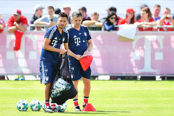 Willy Sagnol FC Bayern Muenchen Training Session