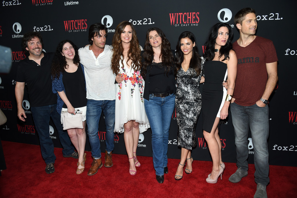 Julia Ormond Eric Winter Rachel Boston Madchen Amick Maggie Friedman Jenna Dewan Tatum Daniel Ditomasso Richard Hatem Rachel Boston And Maggie Friedman Photos Witches Of East End Season 2 Premiere