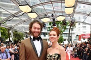 US actor TJ Miller (L) and his wife US actress Kate Gorney pose as they arrive on May 18, 2017 for the screening of the film 'Wonderstruck' at the 70th edition of the Cannes Film Festival in Cannes, southern France.  / AFP PHOTO / Alberto PIZZOLI