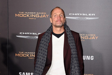 Woody Harrelson Premiere of Lionsgate's 'The Hunger Games: Mockingjay - Part 2' - Arrivals
