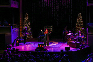 Wynonna Judd The Country Music Hall of Fame and Museum Celebrates Deck the Hall With 'A Wynonna and the Big Noise Christmas'