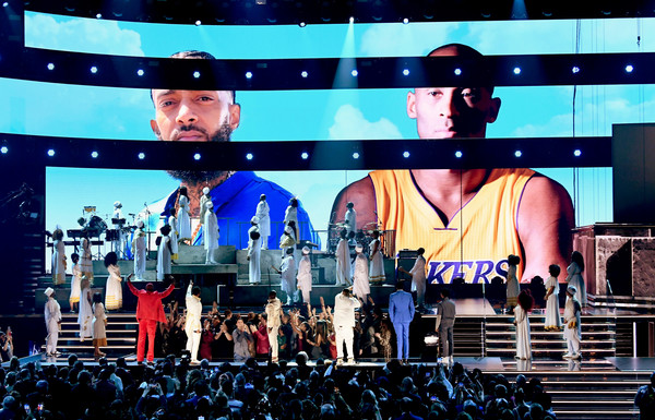 62nd Annual GRAMMY Awards - Show [images,photo,performance,display device,stage,stage equipment,event,led display,concert,flat panel display,performing arts,public event,meek mill,nipsey hussle,kobe bryant,dj khaled,roddy ricch,screen,show,annual grammy awards,gianna maria-onore bryant,2020 calabasas helicopter crash,grammy awards,los angeles,los angeles lakers,basketball,2020,hip hop music,the recording academy,kobe bryant]