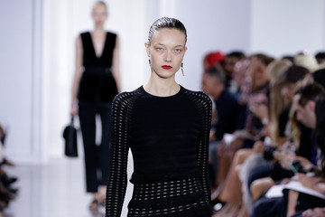 Yumi Lambert Kerastase Paris at Jason Wu S/S 2016 Show - Runway