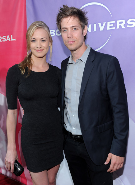 Yvonne strahovski dating now