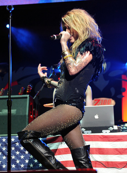 Kesha Ke$ha performs onstage during Z100's Jingle Ball 2009 at Madison