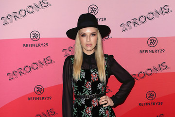ZZ Ward Refinery29's 29Rooms Los Angeles 2018: Expand Your Reality - Arrivals