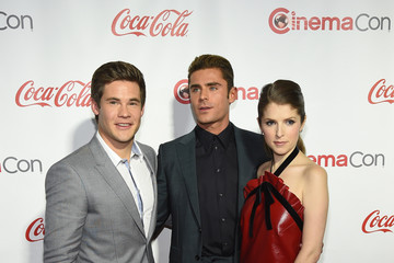 Zac Efron Adam DeVine CinemaCon 2016 - The CinemaCon Big Screen Achievement Awards Brought To You By The Coca-Cola Company - Red Carpet