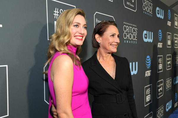 Zoe Perry Laurie Metcalf Zoe Perry And Laurie Metcalf