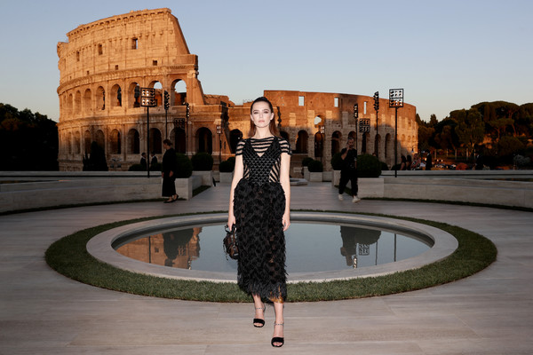 Fendi Couture Fall Winter 2019/2020 - Cocktail [reflection,landmark,fashion,architecture,dress,sky,water,photography,tree,tourism,zoey deutch,cocktail,rome,italy,fendi couture fall winter 2019]