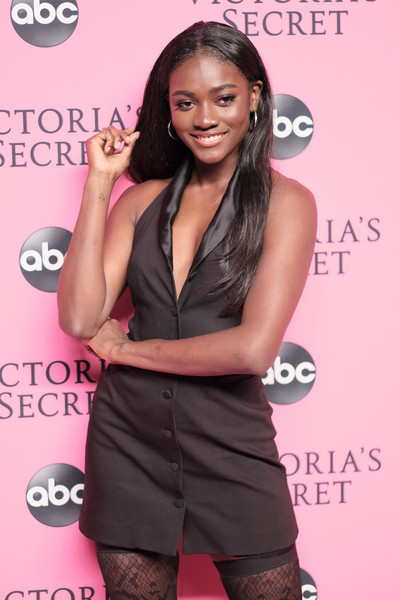 Victoria's Secret Viewing Party - Arrivals [long hair,muscle,carpet,black hair,style,arrivals,zuri tibby,new york city,victorias secret,viewing party,victorias secret viewing party,spring studios]
