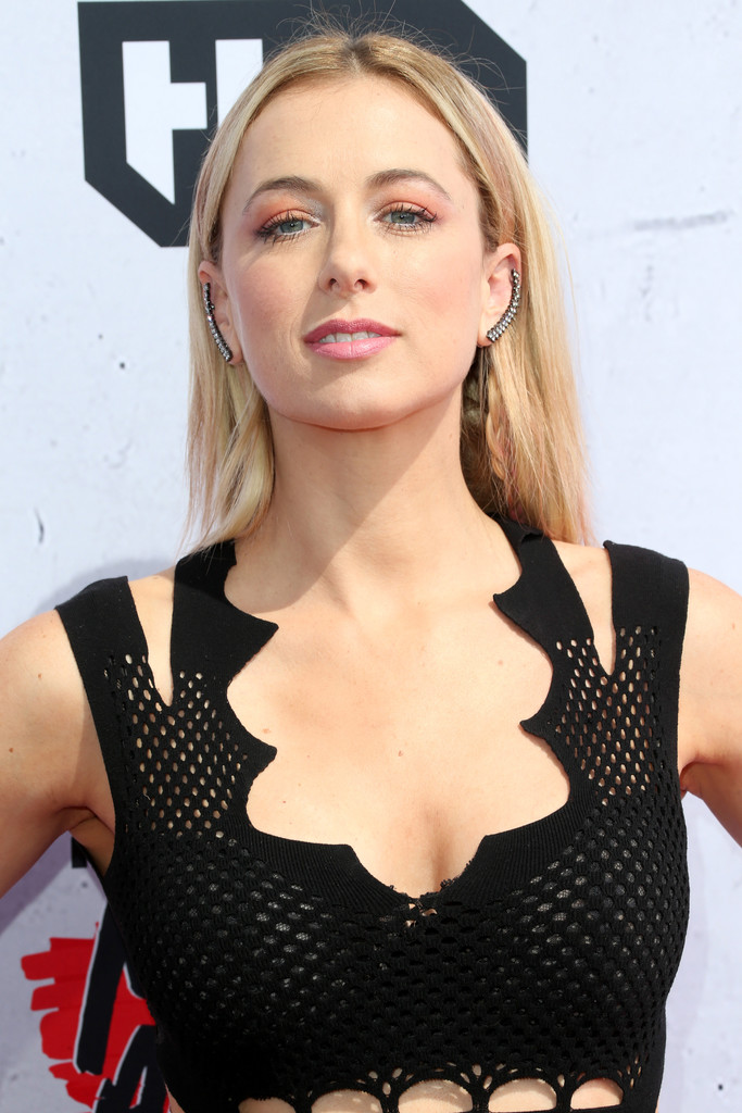 Iliza Shlesinger nude (79 images) Is a cute, Instagram, cleavage