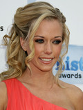 Kendra Wilkinson Hank Baskett engaged