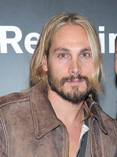 zoe saldana dating history Marco perego is a professional artist of italian descent marco started dating zoe saldana in march 2013 they got married three months later at a private ceremony in london.