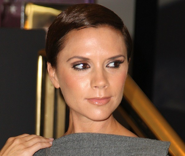 Poshs Secret To Flawless Skin Bird Poop Victoria Beckham Zimbio