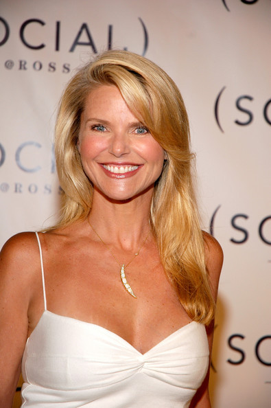 50 Sexiest Trendy Hairstyles For 2016: The 5th Sexiest Woman Over 50: Christie Brinkley