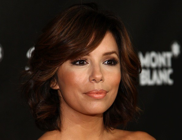 Eva longoria parkers layered bob haircut layered bob haircuts getty images urmus Choice Image