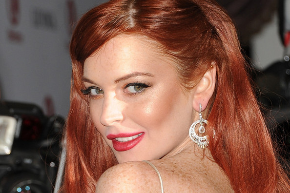 Lindsay Lohan Launches a Fashion Blog, Gina Gershon Tapped to Play Donatella Versace, and More!