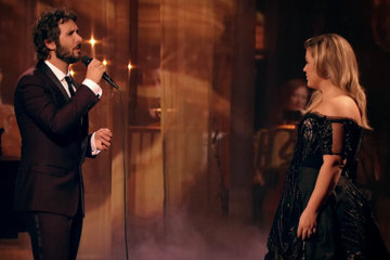 Kelly Clarkson Did a 'Phantom of the Opera' Duet with Josh Groban, and It's Grossly Gorgeous