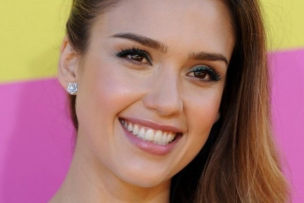 Exactly How Jessica Alba Lost Her Baby Weight