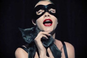 Cara Delevingne Lip-Syncs to Shania Twain With a Cat [VIDEO]
