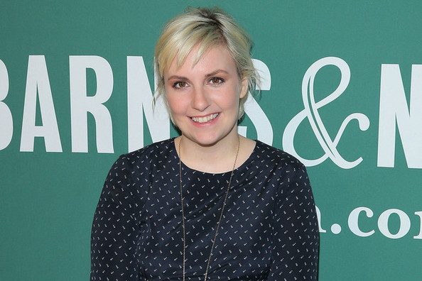 Lena Dunham Teams Up With Nasty Gal, Brands are Changing Pocket Sizes for iPhone 6 and More
