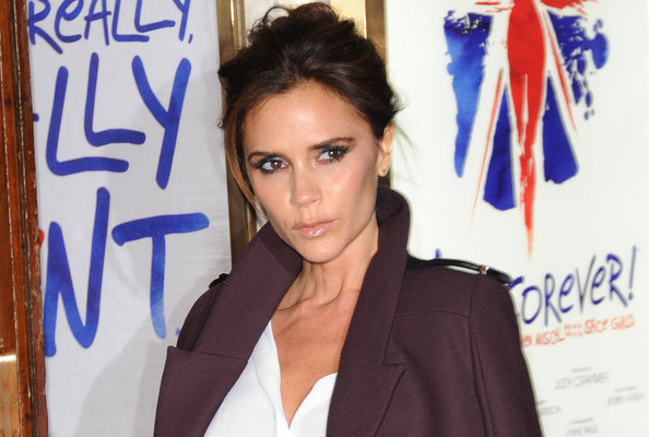 Victoria Beckham Launches E-Commerce, Beyonce Headlines Gucci Concert, and More!