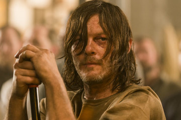 Here's Who Died in 'The Walking Dead' Mid-Season Finale, Because We All Knew This Was Coming