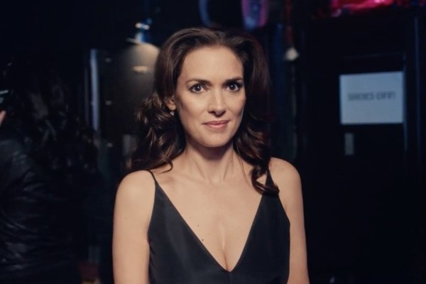 She's Baaaaack: Winona Ryder's Golden Globes Commercial Had Us Tearing Up
