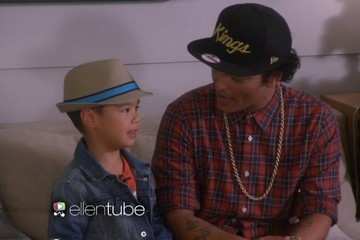 Bruno Mars Duets with a 6-Year-Old, Cuteness Ensues