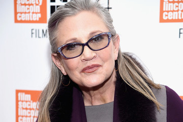 Carrie Fisher Gets the Last Laugh with Urn Shaped Like a Prozac Pill